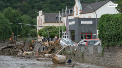 Более тысячи человек считаются пропавшими без вести: что известно о наводнении на западе Германии