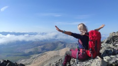 Колымские туристы поднялись на живописную гору Нух и поделились впечатлениями