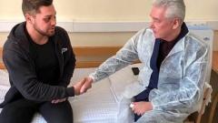 Собянин посетил в больнице мужчину, которого избили в метро, и поручил выделить пострадавшему два миллиона рублей
